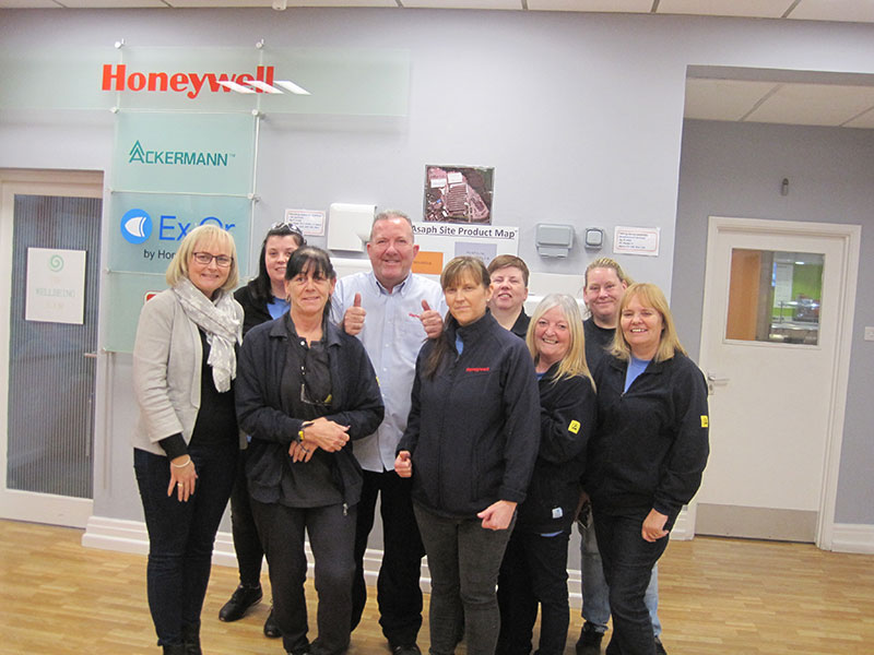 A TEAM EFFORT AT HONEYWELL REAPS REWARDS FOR THE NORTH WALES CANCER APPEAL